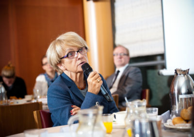 European Parliament Breakfast Briefing 44